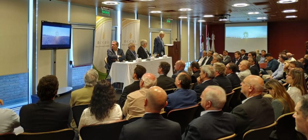 Córdoba dorada: en un año donde se estima una cosecha récord, se remató el primer lote de Maíz
